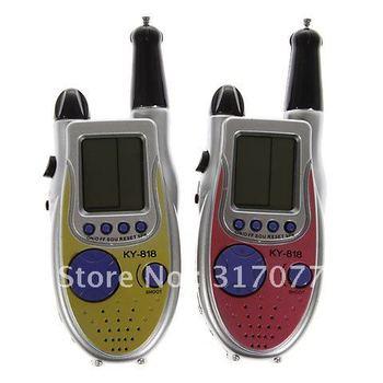 New Design One Pair of Watch 2-Way Radio Walkie Talkie Interphone Toy Build-in 9-Kind Games KY-818