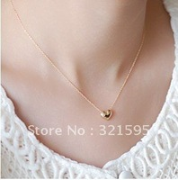 Min.order is $15 (mix order)2012 new women's fashion exquisite heart-shaped necklace clavicle Chain AQ1653