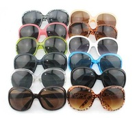 Free shipping (20 Pieces/lot) Retro  men / women Sunglasses hot sale UV 400 Sunglasses Yurt glasses