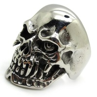 Min Order $ 20(mixed order) New Arrival Silver Cool Smooth Skull Ring Fashion Stainless Steel Jewelry Factory Price