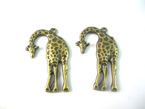 30pcs Fashion Alloy Pandents Giraffe Shape Charms Pendants Have in Stock Fit Necklaces DIY(China (Mainland))