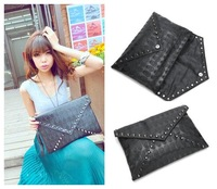 hot sale brief envelope bag punk skull rivet day clutch messenger bag one shoulder women's messenger bag