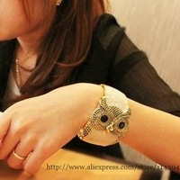 wholesale 2012 fashion vintage owl gold plated bracelet female jewelry accessories animal wide hand ring 2pcs/lot free shipping