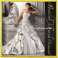 Long Taffeta Sweetheart Ruffled Appliqued Spanish Lace Wedding Dresses