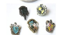 Free shipping 50pcs COSPLAY Harry Potter Hogwarts Badge Brooch NIB HP02 Christmas Gift