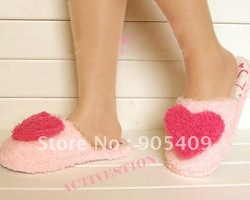 3 Size New Lovely Love Soft House Slippers Warm Adorable Cute Furry Winter Shoes CY0292 drop free shipping(China (Mainland))