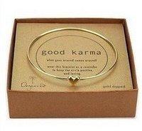 Min order is $10 (Mix order)  Free Shipping Lovely gold plated love heart bracelet dangle bracelet ,alloy bracelet BM10006