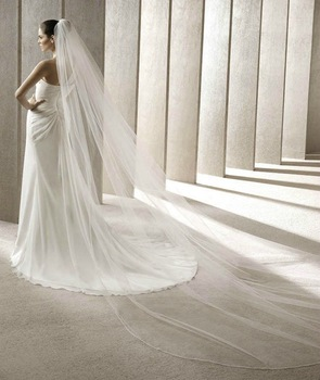 Free shipping cost high quality long tulle cathedral wedding veil 2012