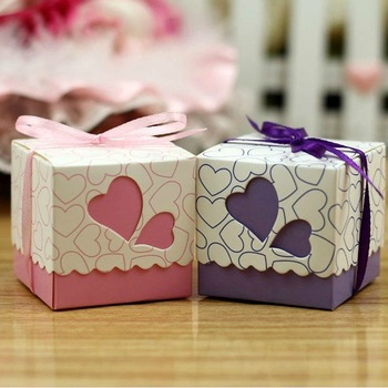 Wholesales Pink and Purple Gift Boxes For Wedding Party With Ribbon