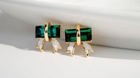 Temperament OL of crystal green zircon stud earrings