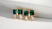 Temperament OL of crystal green zircon stud earrings