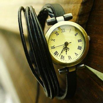 Sales promotion Wholesale handmade Genuine Cow leather bracelet wrist watch women dress fashion quartz watch C014