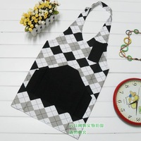 Free shipping Korean fashion floral cotton The new V-shaped apron three colors kitchen aprons