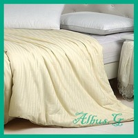 Free Shipping 100% Mulberry Silk Filled Quilt Duvet Comforter Single / Twin 1.5kg 9 Tog For Spring / Autumn Beige