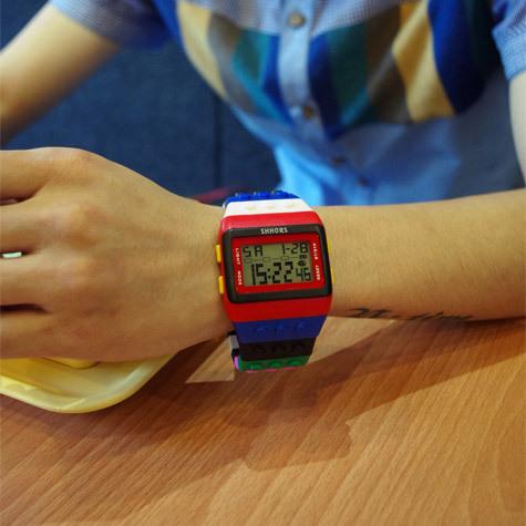 Free Shipping Led electronic watch bigbang colorful building blocks table shhors men and women watches(China (Mainland))