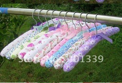 Free shipping 2012 Wholesale and Retail Imprinted Clothes Rack Cotton coat Hanger Fabric hanger(China (Mainland))