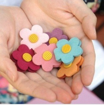 New soft daisy flower style humming roll up/Moblie Earphone bobbin winder/cable management 30Pcs/lot