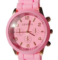 Free Shipping + 2012 Hot Selling Geneva  Brand Fashion Wrist Watches Men / Women (10 Colors)