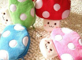40PCS Cartoon Mario Forever Mushroom Plush HAND Coin Purse & Wallet Pouch Bag Case ; Pendant Chain Purse Bag Handbag Pack Pouch
