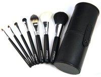 Кисти для макияжа 2012! zoreya 12pcs Makeup Brush Set in Round Green High Quality Leather Case