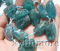 8SE09198a 12x18-13x20mm kyanite Rough Beads 15''