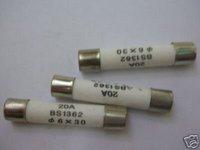 100    250V  20  AMP  Quick  Blow  Ceramic  Fuses  6  X  30mm  71