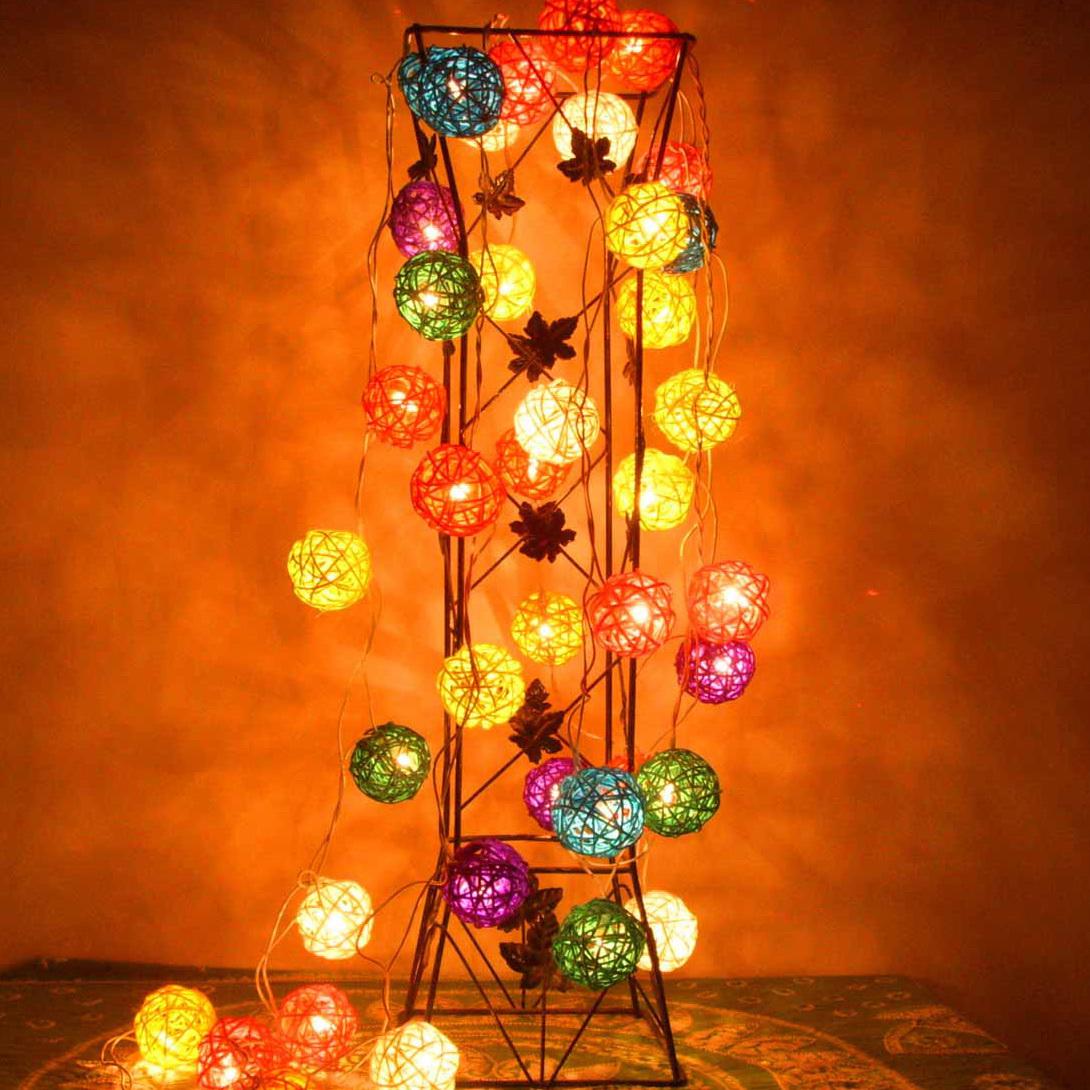 Новогодняя гирлянда с лампочками своими руками