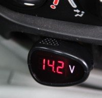 Car voltage monitor,Monitor the 12V battery of car(China (Mainland))