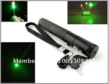 Free Charger + rechargea battery+ gift box, Amazing green laser, Burn matches 400mw/500mw/ 1000mw Strong power green laser