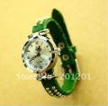 Free Shipping + dropshipping + wholesale cute kids green quartz wrist watches kow008 Chinese gift items for Christmas