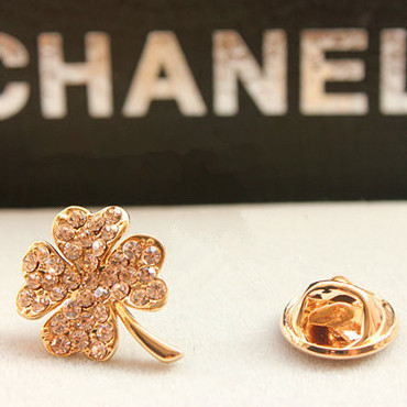 new 2013 hot selling leaf accessories czech diamond clover brooch small brooch corsage female heart pin(China (Mainland))
