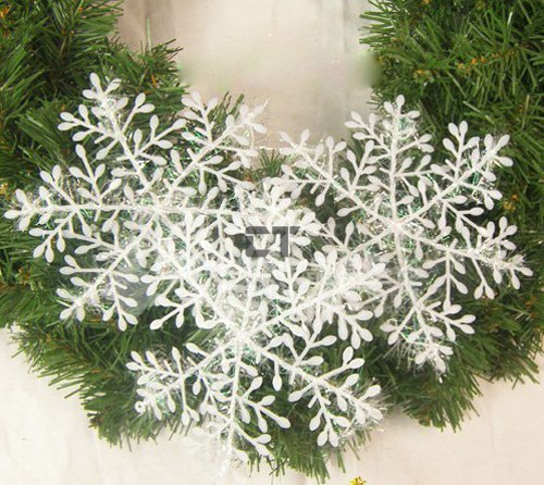 180pcs/lot White Plastic Christmas Snowflake Sheet Ornament Merry Xmas Tree House Decoration With Shining 10*11*0.2cm(China (Mainland))