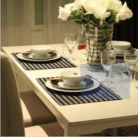 Black-and-white small cell Table mats/Minimalist modern Cotton European table mat  Placemats /felt Mats & Pads