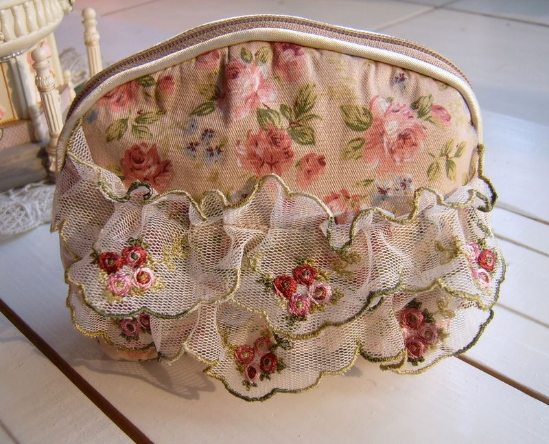 free shipping,cotton cloth embroidered lace cute cosmetic bag coin purse small bags ladies' wallet purse pocket coin bag(China (Mainland))