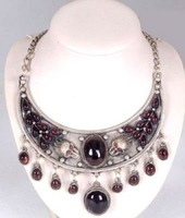 Good Beautiful Tibet jewelry Dragon garnet necklace