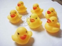 DHL Free shipping 1000pcs/lot Wholesale mini Rubber duck bath duck Pvc duck with sound Floating Duck Fast delivery