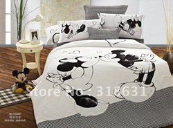 HOT SALE !!! Happy Mickey &amp; Minnie Mouse Bedding Duvet Cover Set with Comforter 5PCS Full/Queen Size for Children, white/Black(China (Mainland))