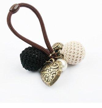 Korean fashion ball love ring (black) Woman Luxurious Paragraph fashion !#688