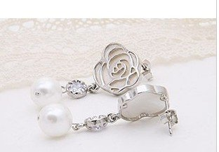 Min Order 15USD  Vintage Roses Pearl Earrings  Fashion Jewelry D03336