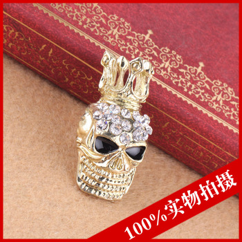 Aa6220 2011 exquisite personalized full rhinestone skull brooch pin fashion classic