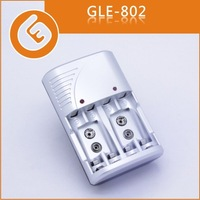 factory price AA AAA and 9V rechargable battery cell silver color charger