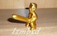 LIG021 little boy being pee type metal lighters GOLD color