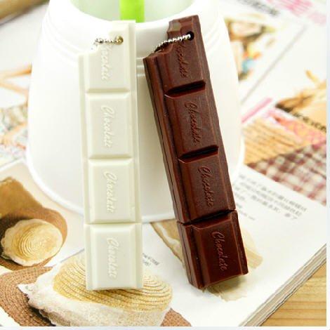 free shipping! 'Chocolate ' ball pen plus keychain(China (Mainland))