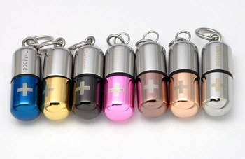 Prolocutor de mood save pills necklace poison lovers titanium steel necklace Pendant Corss