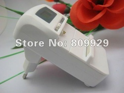 New arrived EU plug USB 5.5V output LCD Digital Universal mobile Charger for li-ion 3.7V mobile phone batteries(China (Mainland))