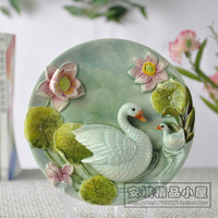 Gift white goose ceramic 3d hanging plate decoration plate rack