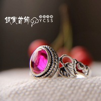 Free shipping lovely 925 pure silver handmade red corundum cutout vintage thai silver ring Women
