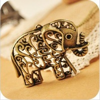 Min Order $10 Antique Gold Alloy Elephant Pendant Necklace MN033 Magi Jewelry
