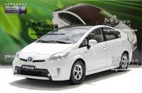 Factory 1:18 TOYOTA Prius white Hybrid Model Car - new year gift
