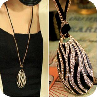 291#Min.order is $10 (mix order),United States boutique Necklace Korean star temperament Black / White Zebra necklace